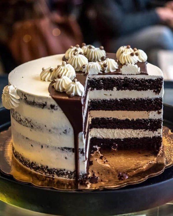 Ellie's Tiramisu Cake